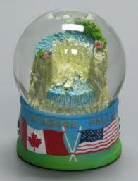 Niagara Snow Globe